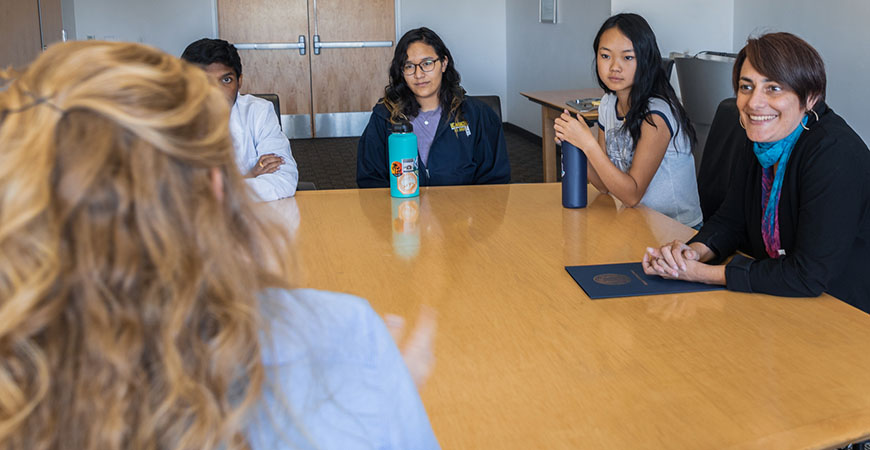 During Donna Riley's visit to UC Merced, she met with students to further explore issues related to diversity and inclusion in STEM fields.