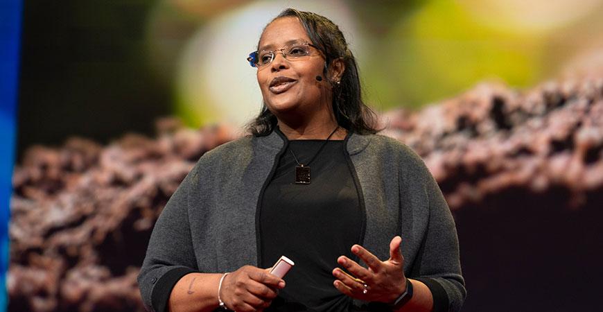 Professor Berhe delivers her TED talk.