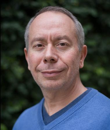 Professor Victor Muñoz