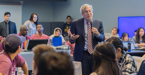 Berkeley Law Dean Erwin Chemerinsky speaking with students.
